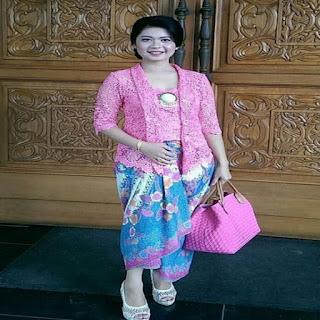 model kebaya gaun 2019