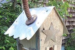 DIY Rustic Birdhouse