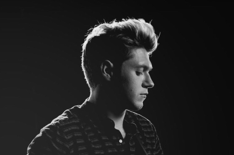 Download Lag... Niall Horan This Town