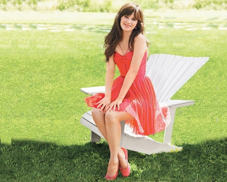 Zooey Deschanel Bio, Net Worth, Measurements, Body Statistics, Height, Affairs, Age - HOTCLBS
