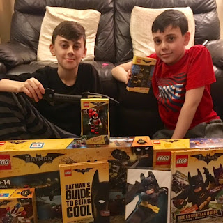unboxing LEGO Batman