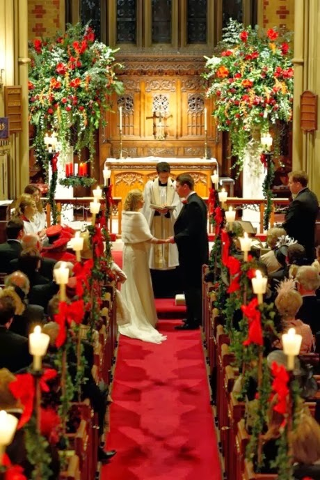 Bride-In-Dream: Cheap Christmas Wedding Ideas