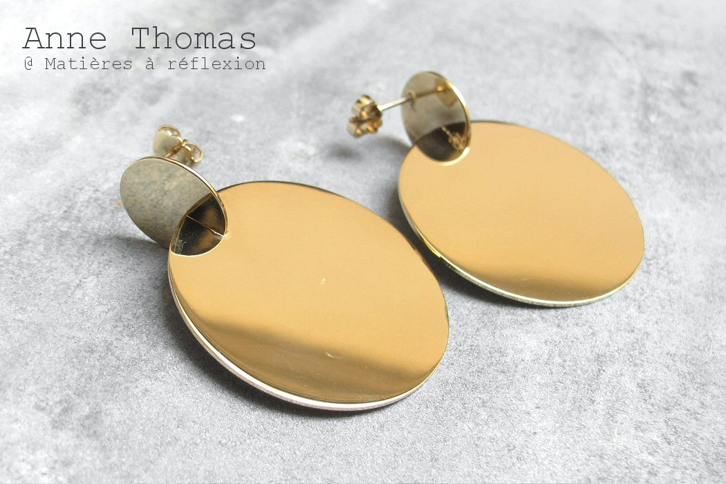 Anne Thomas boucles Assembly