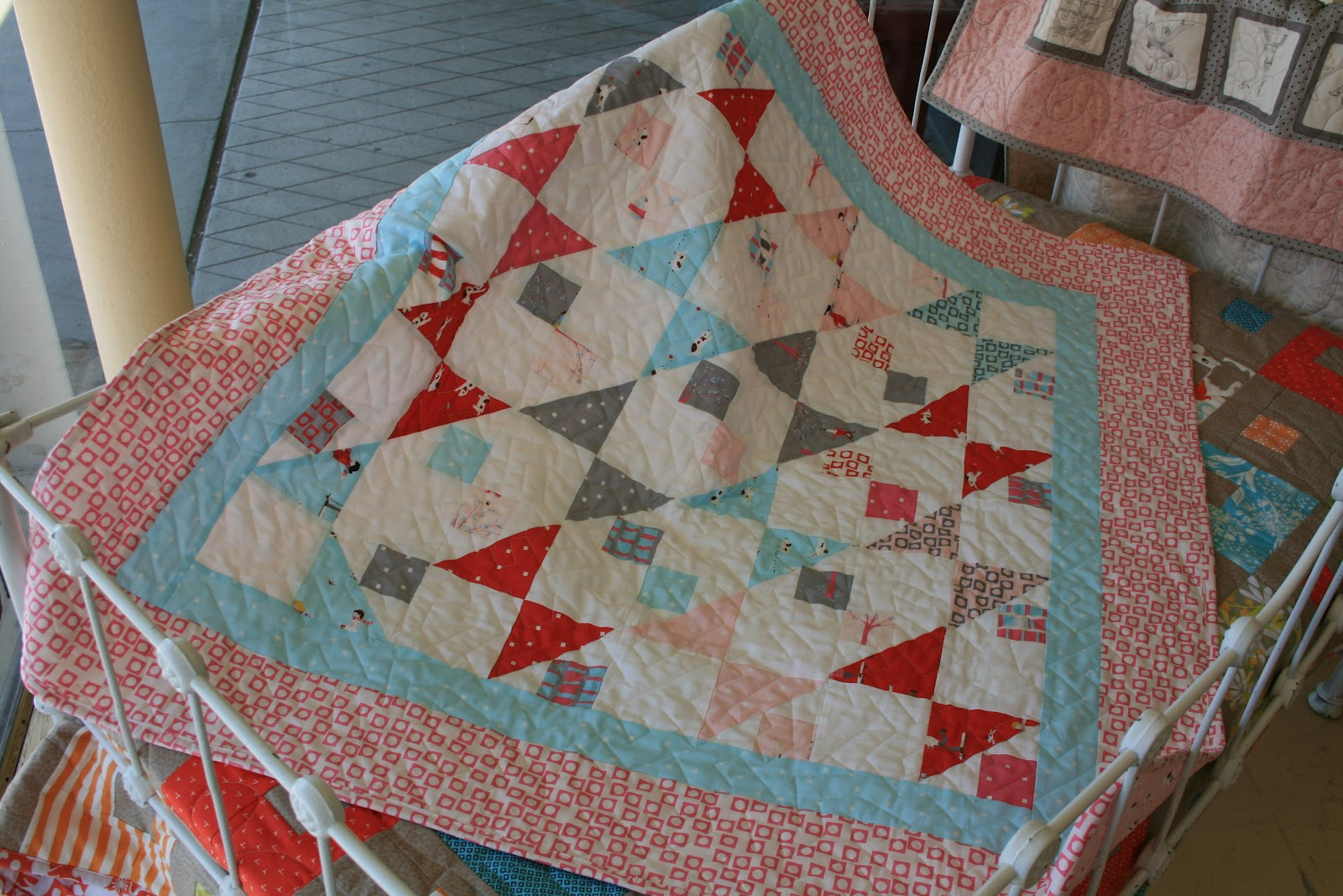 THE QUILT BARN: Sherbet Pips Quilt