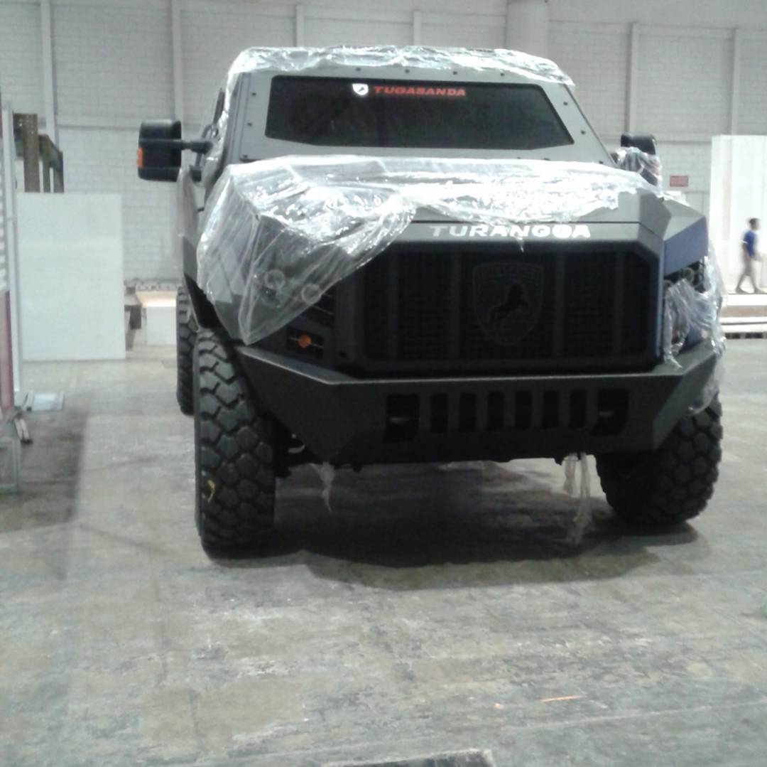 Turangga APC Ford F550 Engine and Chassis Made in Surabaya