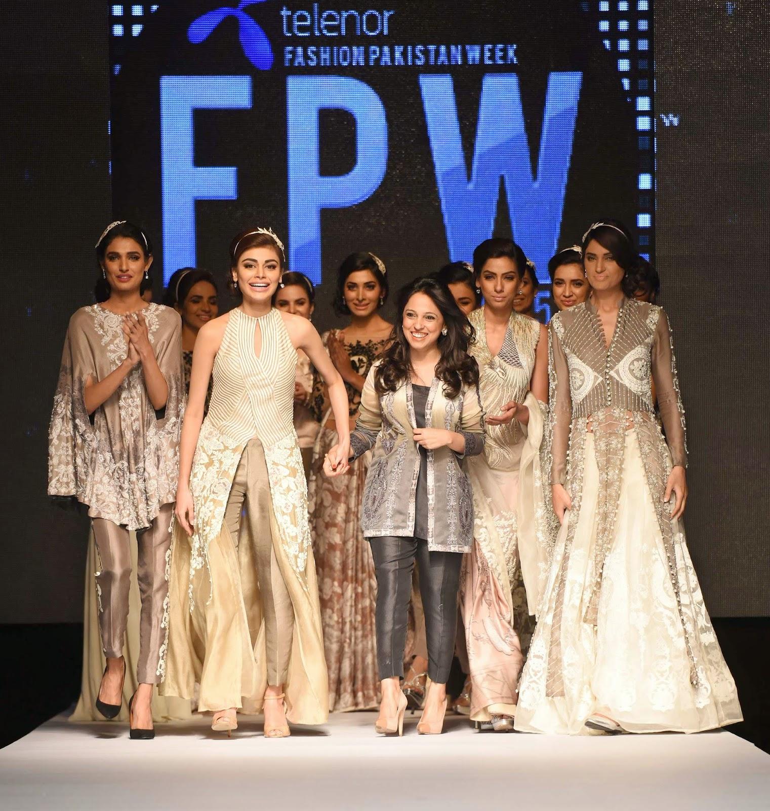Nida Azwer with models TFPW15 Day 1