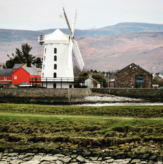 Day Trip from Dingle Town to Tralee - Blennerville Windmill