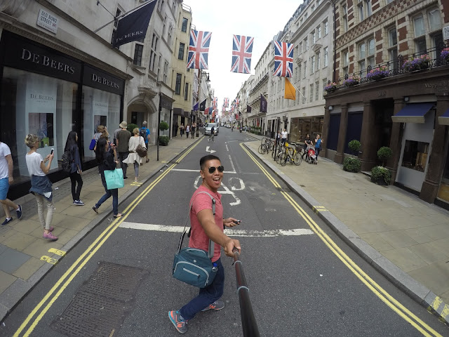 crossing the streets of london