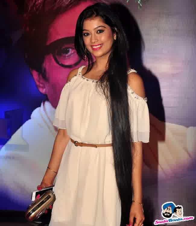 Profil Digangana Suryavanshi - Pemeran Veera Dewasa ...