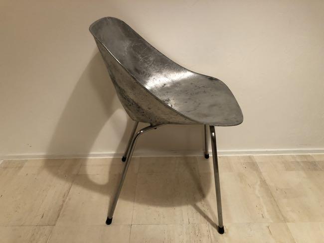 decorative 567 pierre guariche tulip chair入荷