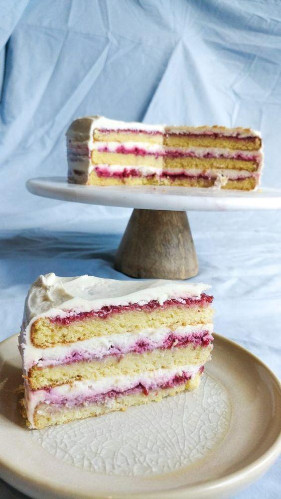 Keto Raspberry Layer Cake With Mascarpone Cream