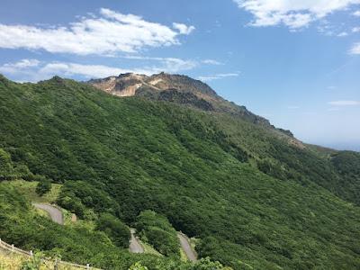 海峡展望台から見る恵山