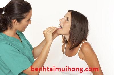 Cẩn trọng trước các dấu hiệu của bệnh lý viêm họng