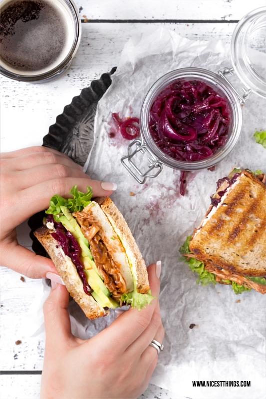 Jackfruit Rezept: Veganes Pulled Jackfruit Sandwich oder Burger #jackfruit #vegan #pulledjackfruit #sandwich #burger #jackfruitrecipes