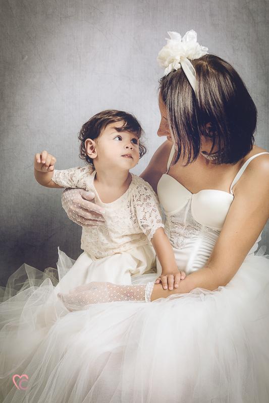 Fotografia di famiglia, mamma con bambina