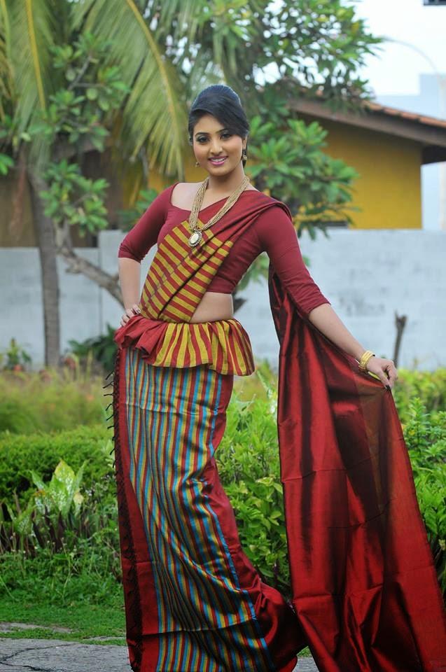 Vinu Udani Siriwardana Kandyan Saree Designs
