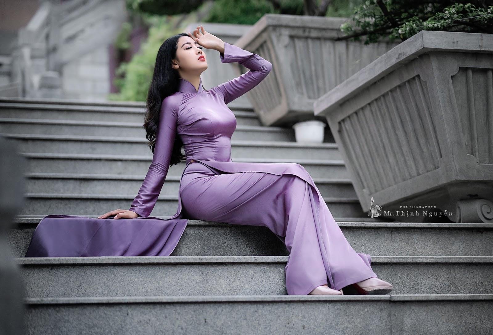 The Girl In Áo dài, Look So Hot (21) Buy Quyen