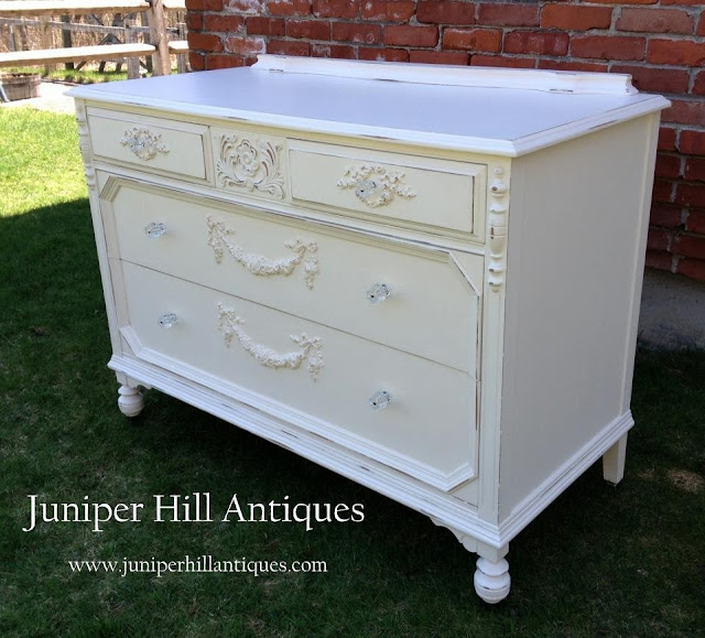 Shabby Chic style dresser with glass knobs