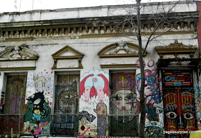 Grafites no bairro de Palermo Soho, em Buenos Aires