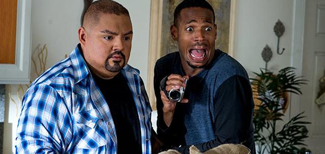 Gabriel Iglesias şi Marlon Wayans în parodia A Haunted House 2