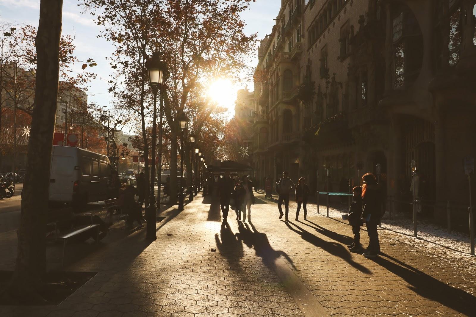 ulice barcelony, święta w barcelonie
