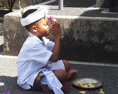 Mantra Pada Saat Mulai Makan Dalam Ajaran Agama Hindu