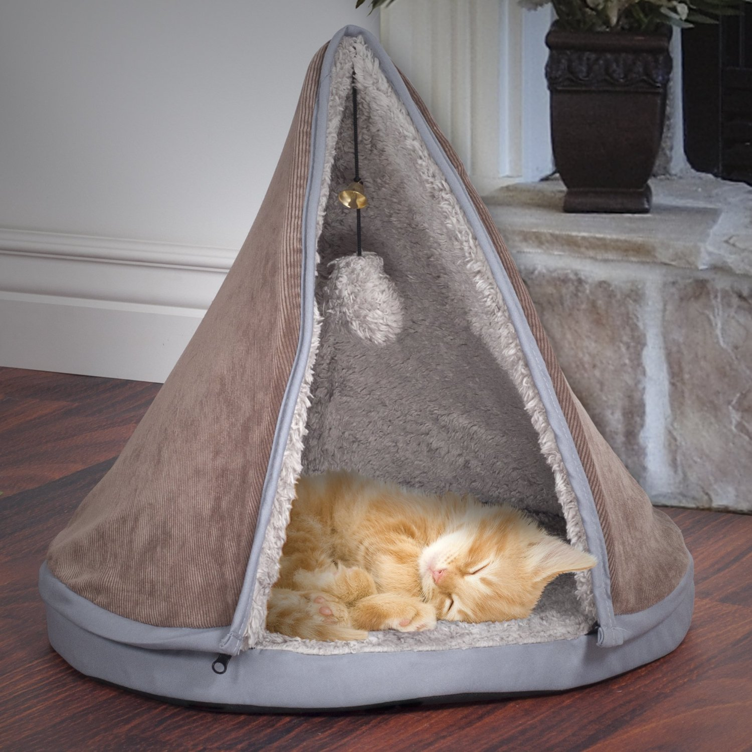 Fun Cat Teepee Bed Playhouse Ideas - Spiffy Pet Products