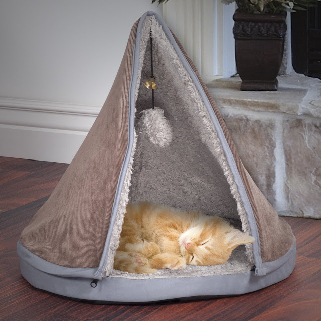 Spiffy Cat Products... Cat Teepee Bed Playhouse