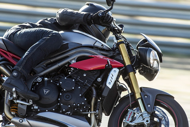 Triumph Speed Triple On road price in india