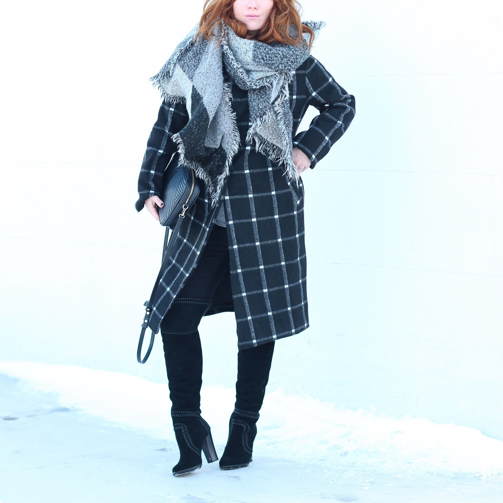 winter coats, pregnancy style, what to wear in the winter, how to layer scarves in the wintertime