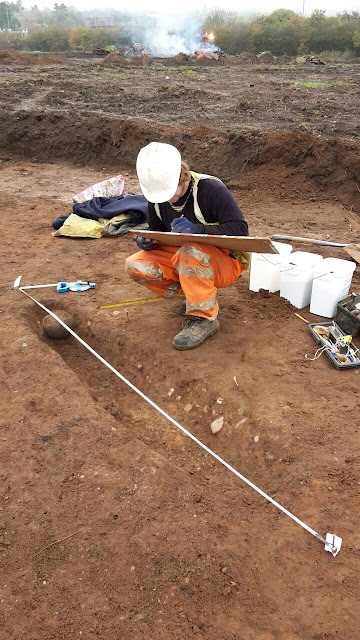 Bronze Age barrow and Anglo-Saxon cemetery discovered in Leicestershire
