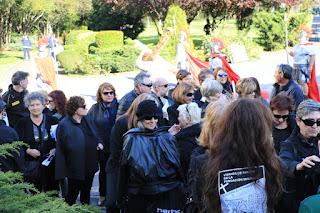Protesta de familias de ancianos en la Fundación Miranda