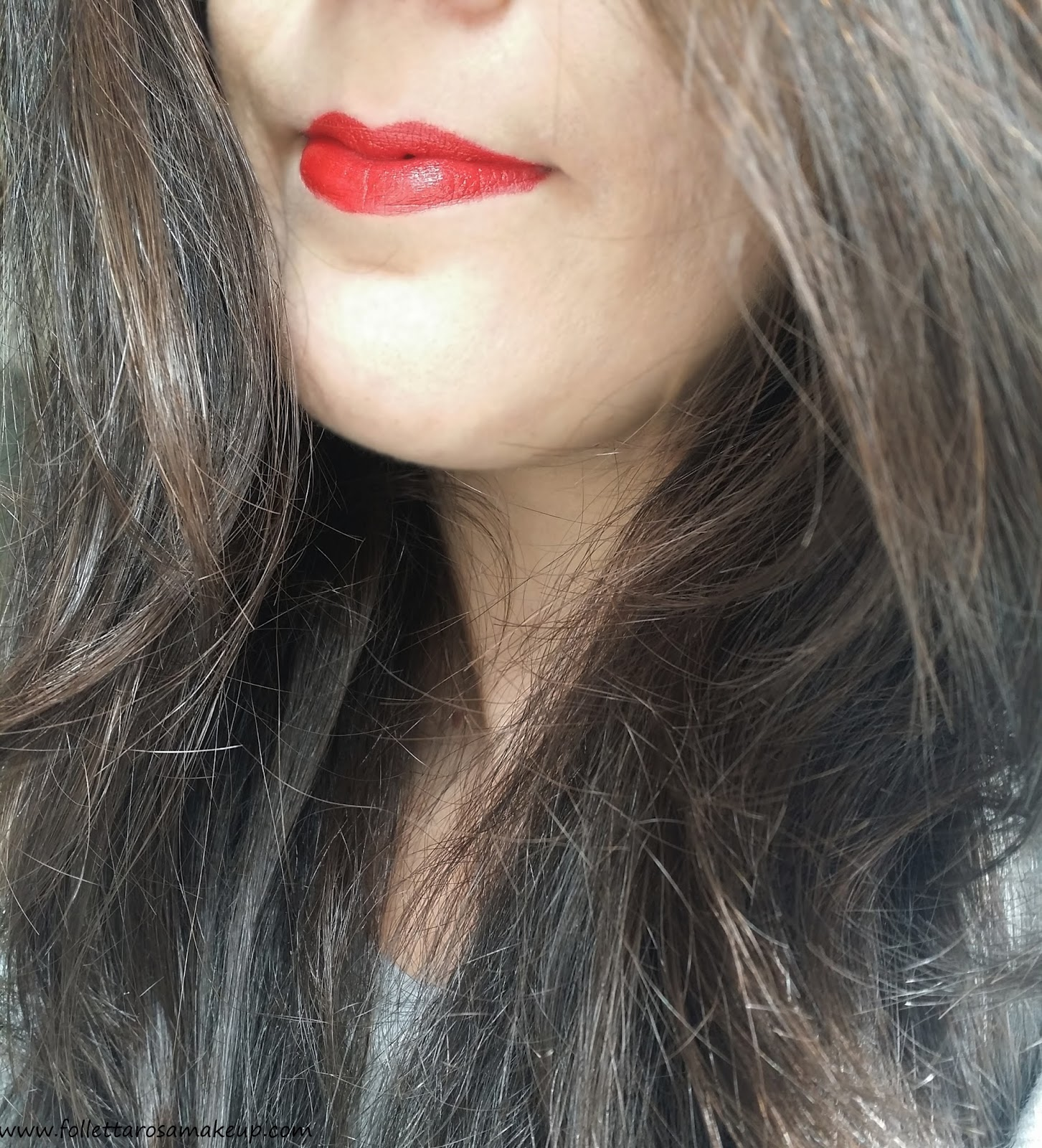 rouge-charnel-56-chanel-swatch