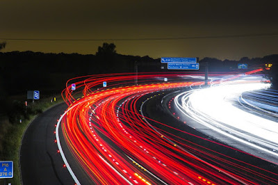 https://pixabay.com/en/traffic-highway-lights-night-road-332857/