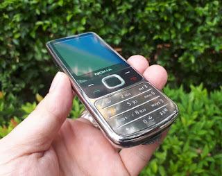 Hape Jadul Nokia 6700 Classic Metal Phone Seken Mulus