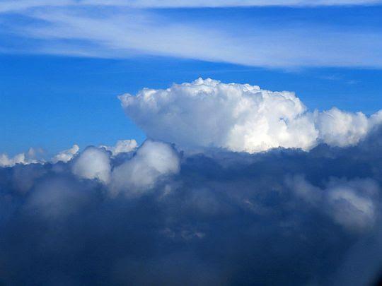 Ponad chmurami.