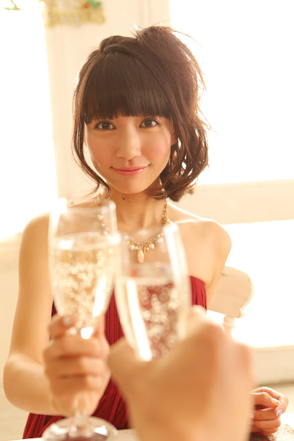 Ogino Karin 荻野可鈴 First X'mas Images 08