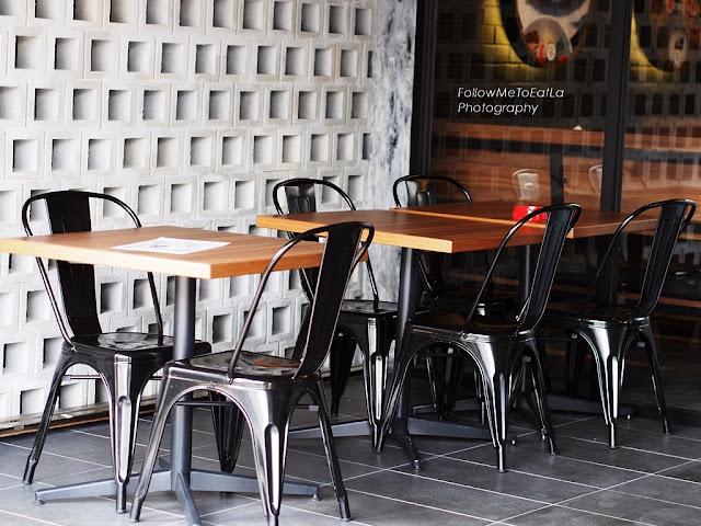 Alfresco-style Dining Area