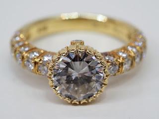 綺麗なダイヤモンドリングをお買い取り致しました K18製ダイヤモンドファッションリング