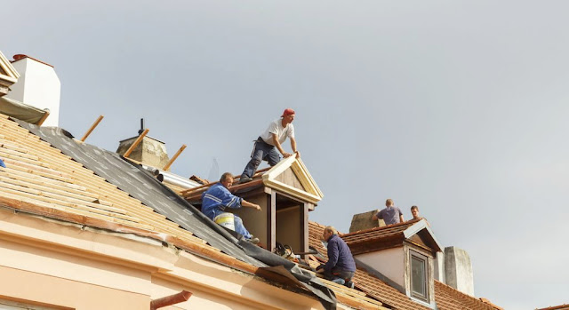 Roofers in Barrie by Professionals