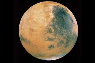 Cientistas encontram água líquida em Marte