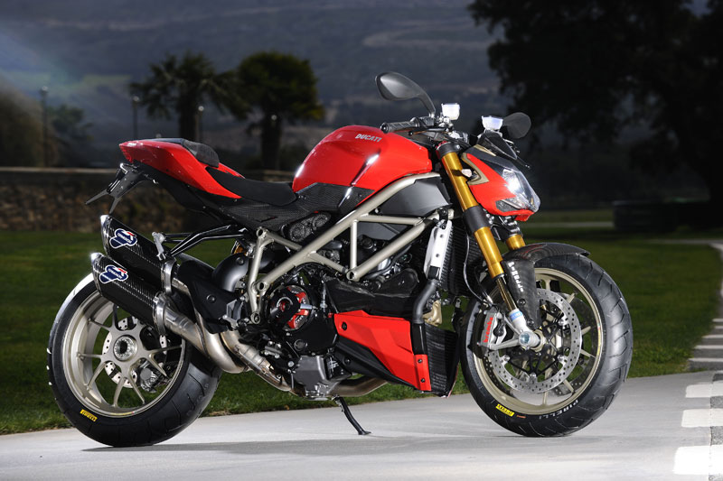 2010 ducati street fighter motorcycle wallpapers gallery. Black Bedroom Furniture Sets. Home Design Ideas