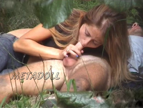 Voyeur watches Spanish couples having sex in the bushes (The Galician Day 13)