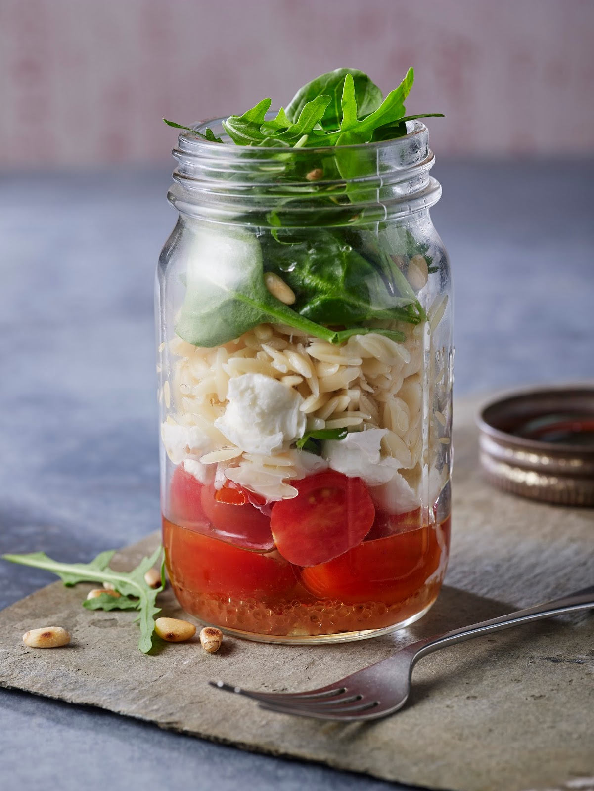 How To Make An Italian Orzo Pasta Mason Jar Salad
