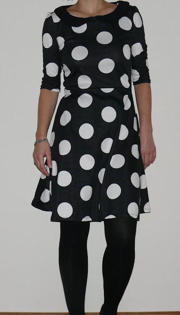 polka dots jurk zwart wit