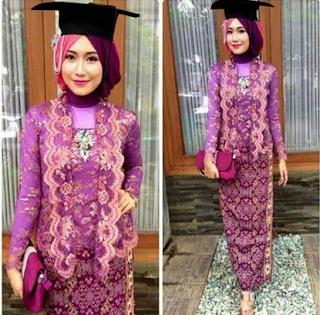 Model Kebaya Wisuda Muslim Warna Favorit Para Wisudawati