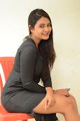 Neha deshpande new sizzling pics-thumbnail-19