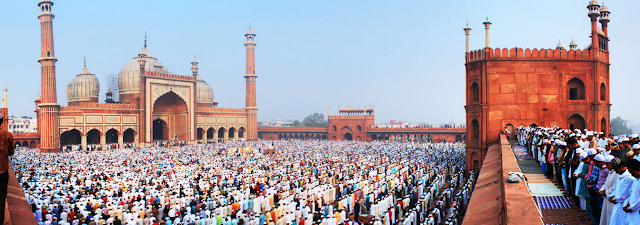 Friday Prayer Time at Jama Masjid