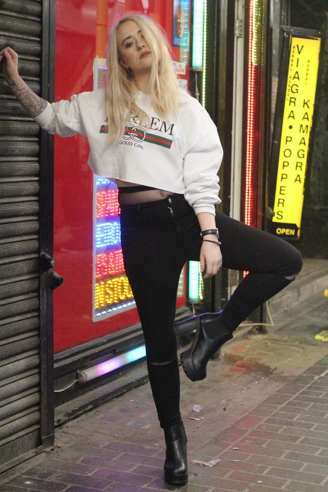 Fashion Blogger Lucy Love Styles Missguided Gucci Dupe