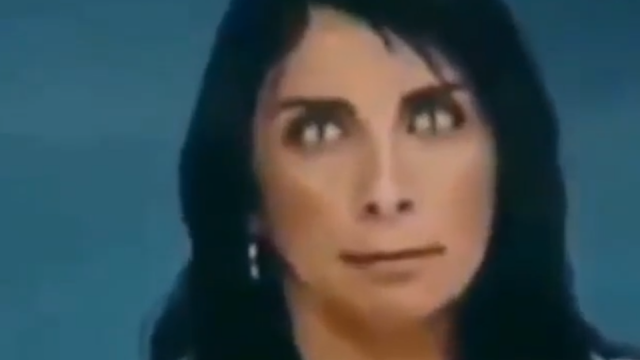 Reptilian-woman's-eyes-exposed-on-CNN